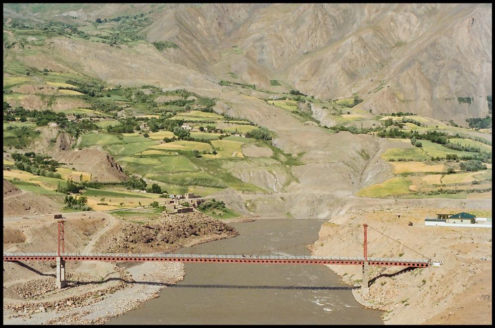 panj-river-bridge-afghanistan-tajikistan-©cause2015
